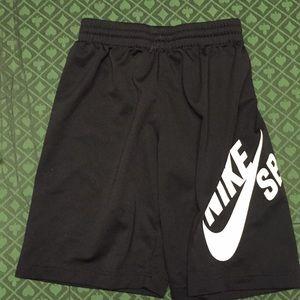 Nike Boys shorts size 8-10